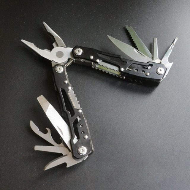 Multifunctional Pliers Tool
